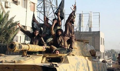 ARN00120040015190_25_Anggota_ISIS_Tewas