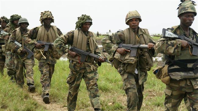 ARN0012004001511161_Tentara_Nigeria_Hancurkan_10_Kamp_Militan_Boko_Haram