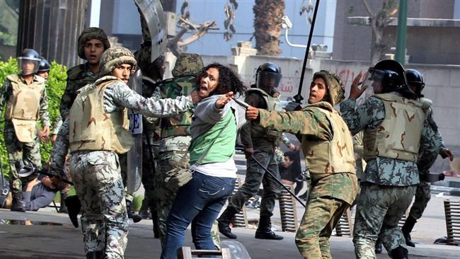 ARN0012004001511185_Militer_Mesir_Lakukan_Pelecehan_Terhadap_Tahanan_Perempuan