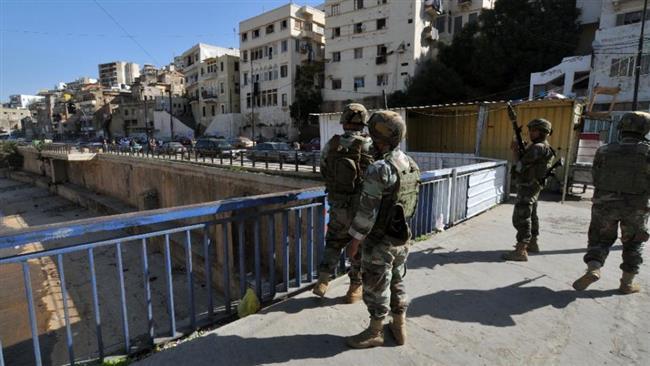 ARN001200400151129_Tentara_Lebanon_Terlihat Sedang_Berjaga