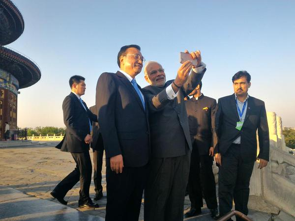 MODI SELFIE PM India - China