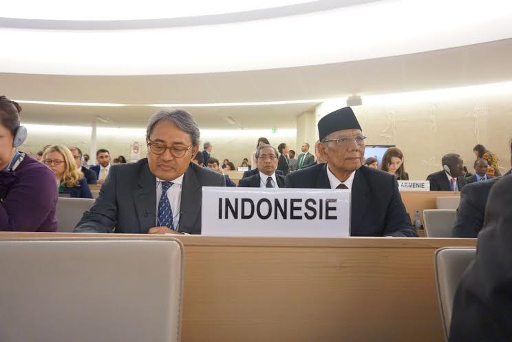 KH Hasyim Muzadi di Dewan HAM PBB - 1