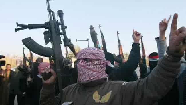 Pemberontak Suriah baku Tembak dengan ISIS