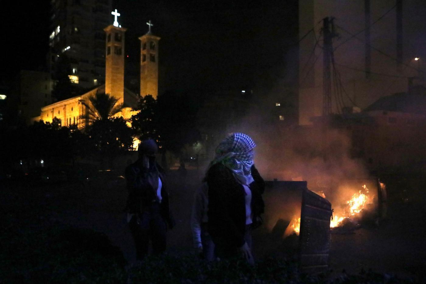 Perusuh Serang Pasukan Kemanan, Demo di Beirut Dibubarkan Paksa
