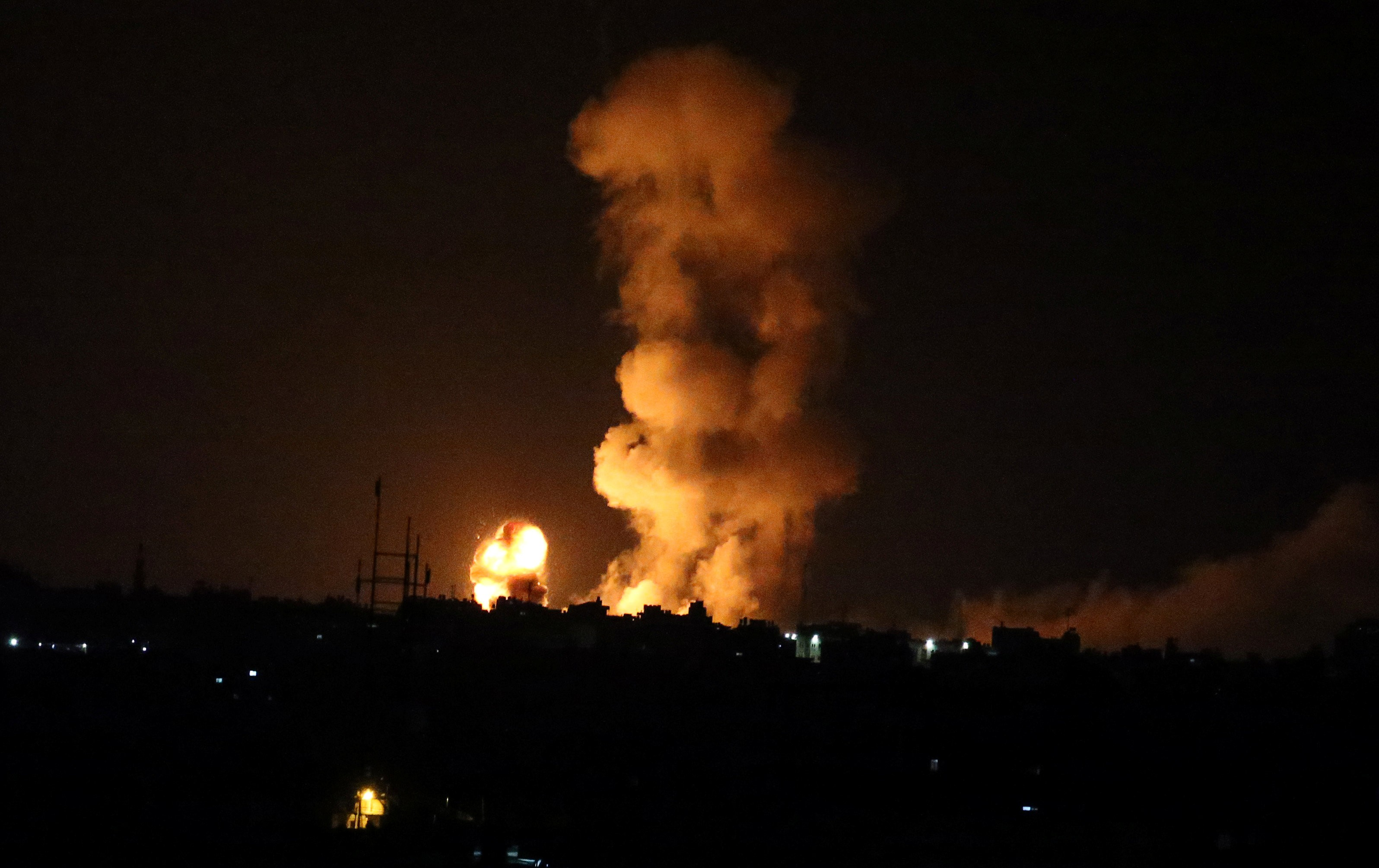 Israel Kembali Serang Jalur Gaza