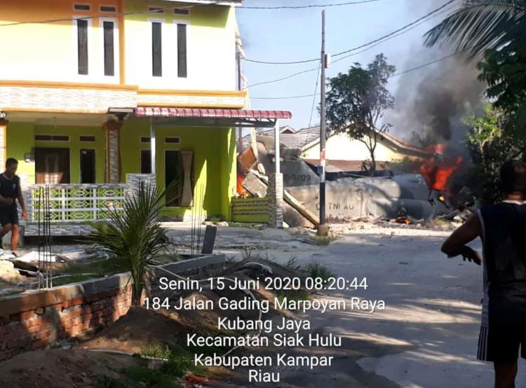 Pesawat Hawk 209 TNI AU Jatuh di Riau