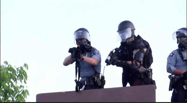 Dua Crew Reuters Ditembak Peluru Karet Polisi saat Liput Demo Kematian George Floyd